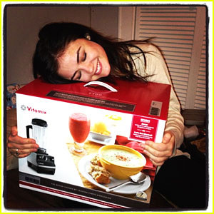 lucy-hale-and-vita-mix-turboblend-blender-gallery